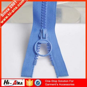 large plastic zipper